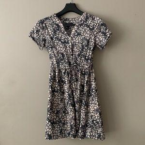 Gap Gray Short-Sleeved Dress